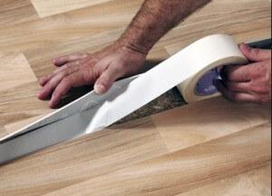 Как стелить линолеум на бетонный пол?