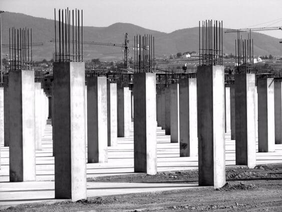 Железобетонные колонны в интерьере: применение, конструкция, армирование