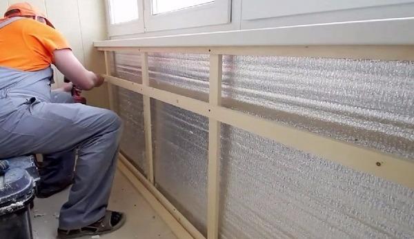 Чем приклеить пенофол к бетону. Клей для пенофола: чем приклеть фольгированный пенополиэтилен к бетону и другим поверхностям