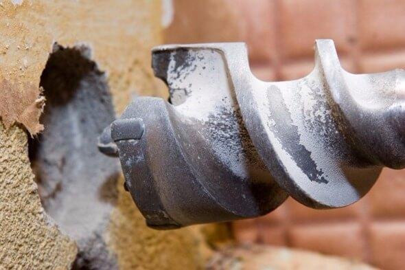 дрелью сверлить бетон