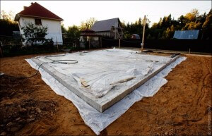 Чем накрыть бетон после заливки зимой