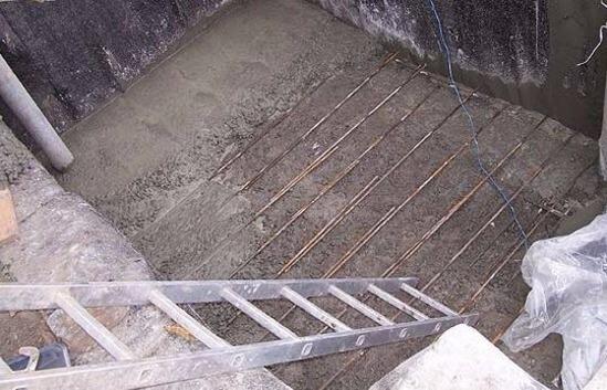 Заливаем стены бетоном свойства бетонной смеси определение свойств бетонной смеси