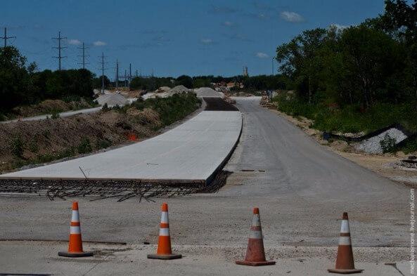 залить дорогу бетоном