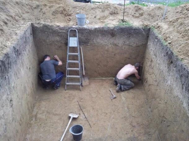 Заливаем стены бетоном определение строительного раствора и бетона