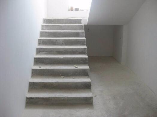 Лестница из бетона билборд бетон